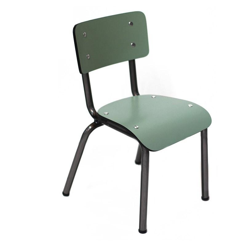 chaise enfant stunning chaise kartell enfant lovely nouveau fauteuil bureau design luxe design. Black Bedroom Furniture Sets. Home Design Ideas