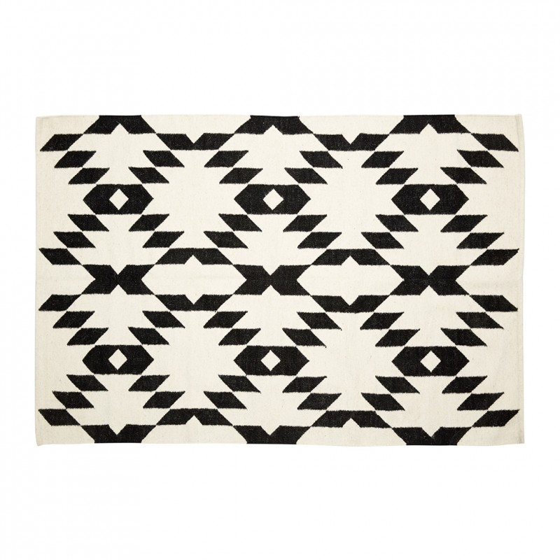 tapis graphique en coton noir et naturel chevrons. Black Bedroom Furniture Sets. Home Design Ideas