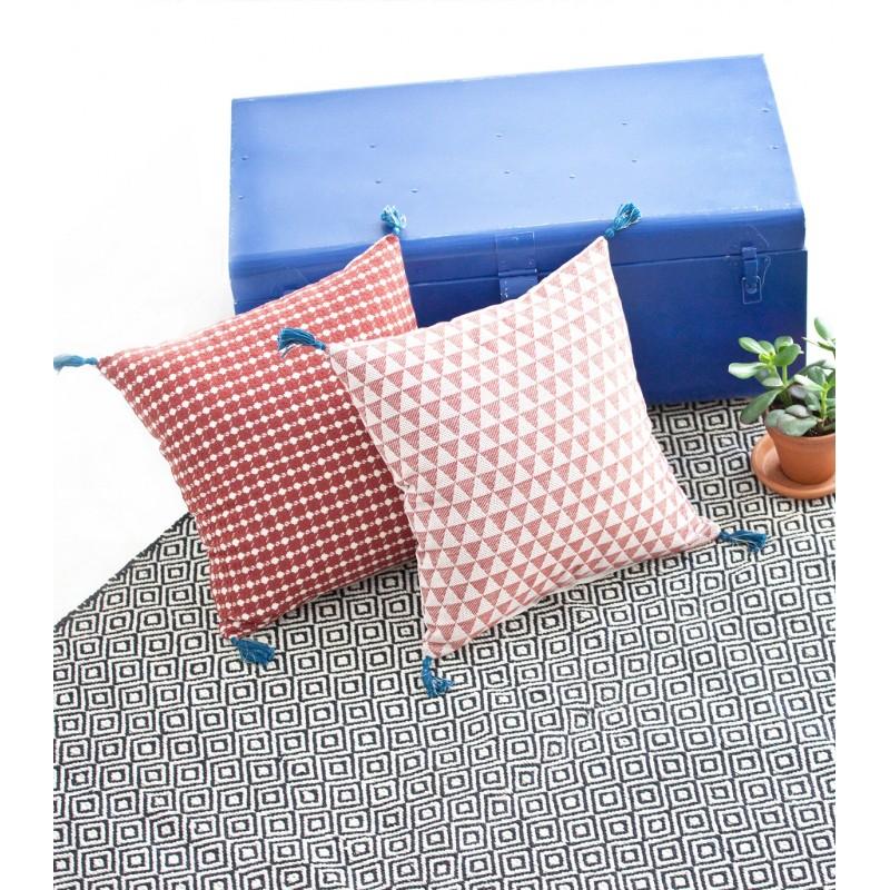stunning tapis ethnique chandi noir u blanc x with tapis ethnique noir et blanc. Black Bedroom Furniture Sets. Home Design Ideas