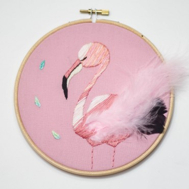 Broderie décorative - Flamant rose