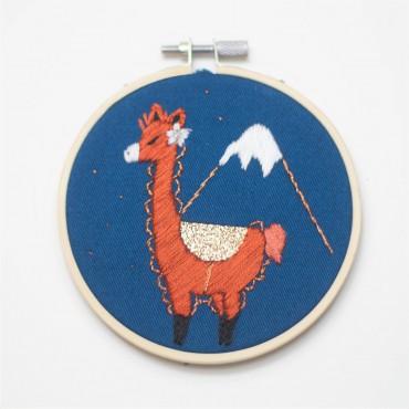 Broderie décorative - Lama