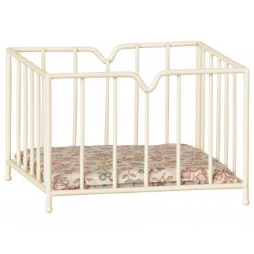 Petit lit  à barreaux pour bébé souris/lapin (micro)