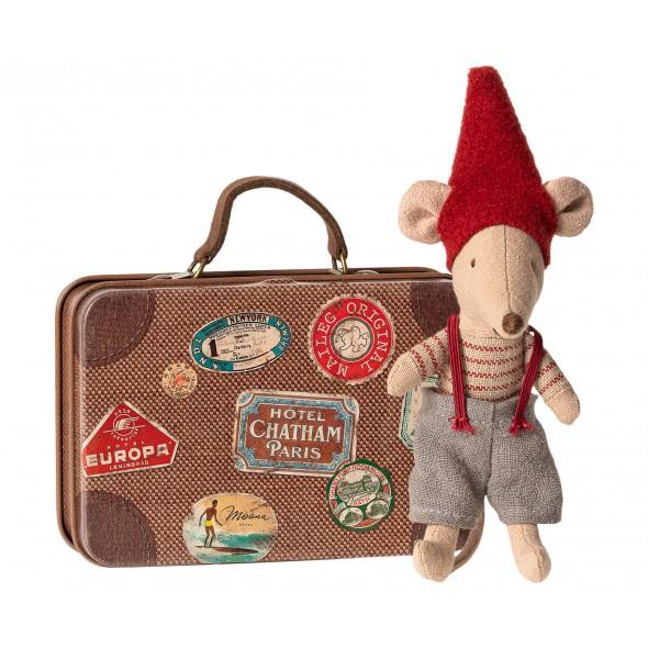 Petite frère souris de Noël dans sa valise