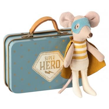 Petite souris Super Héros dans sa valise