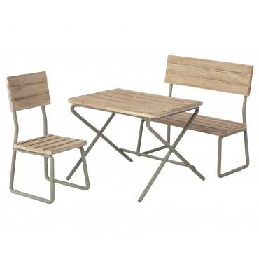Ensemble table, chaises et banc de jardin