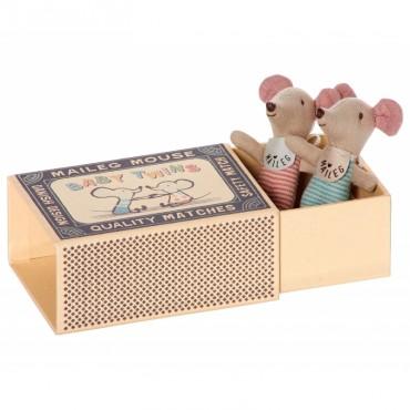 Deux Bébés Souris dans une boite