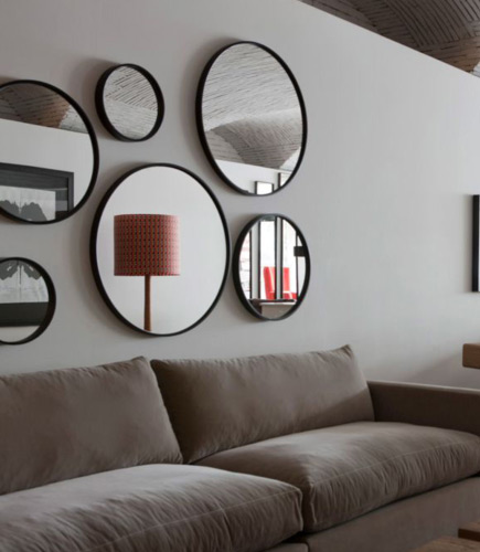 les miroirs ronds dans la d co douceur style et l gance. Black Bedroom Furniture Sets. Home Design Ideas